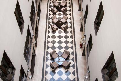 camere-cu-baie-europa-royale-bucuresti-4