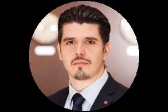 Valentin Bertaru, Front Office Manager